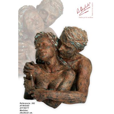 "AN382 Statueta ""AFINITATE"""